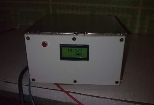Зарядное устройство - пример использования ампервольтметра.